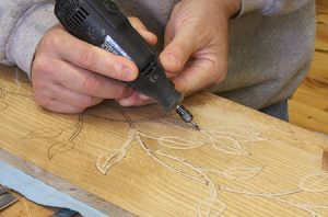 how to carve wood dremel